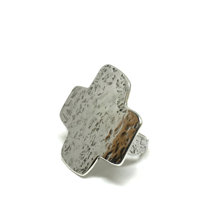Large Cross Ring