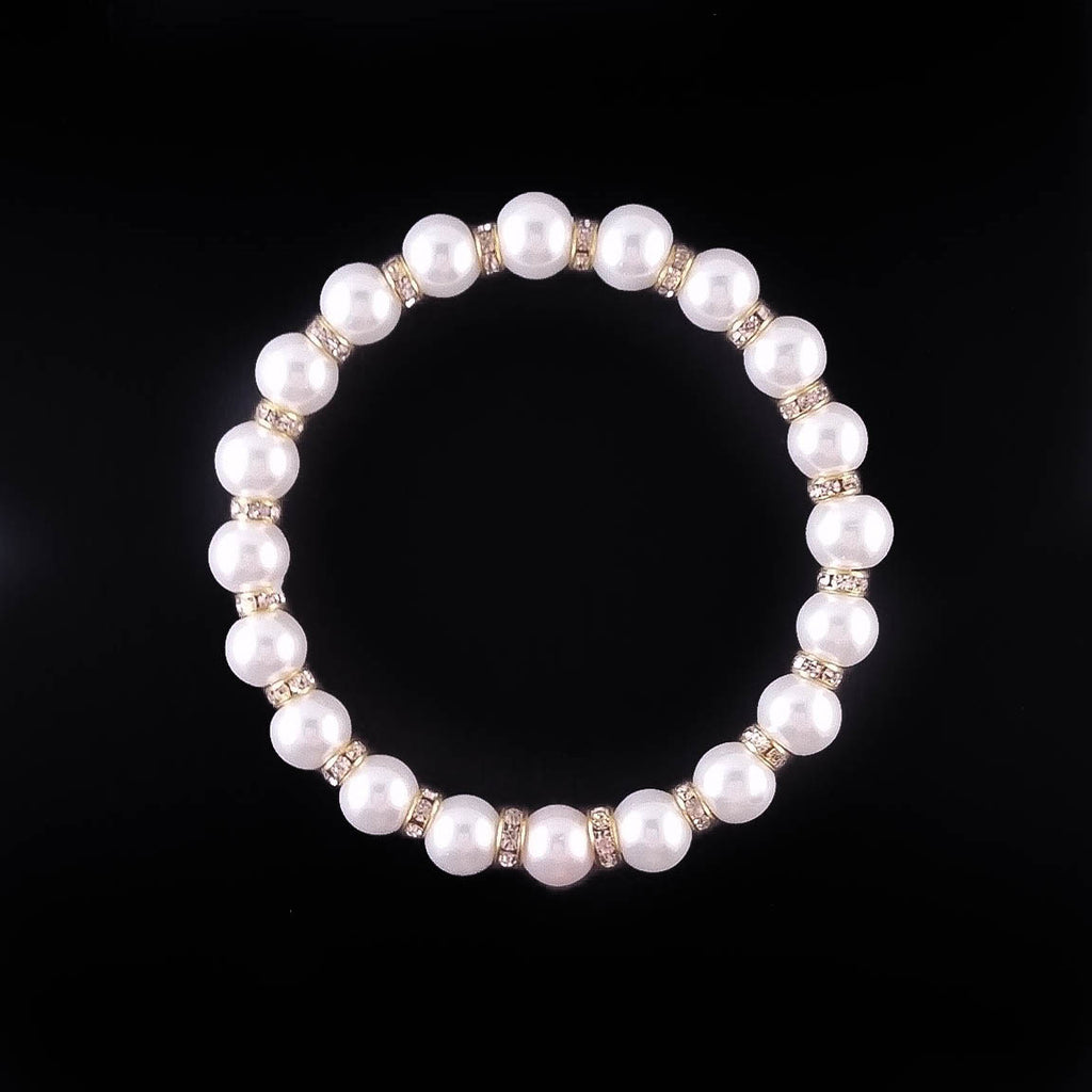 Pearls Bracelet - Made by Oddball