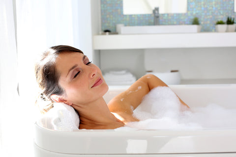 4 Reasons You Should Have A Bath Pillow