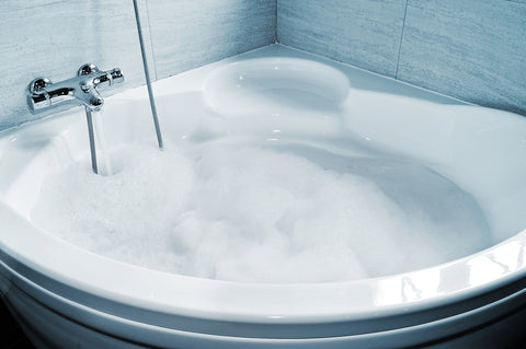 the top 5 medicinal benefits of taking a bath