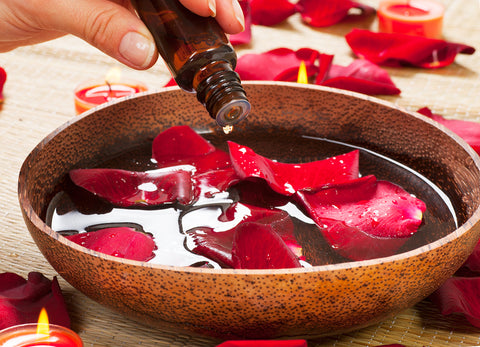 What You Should Know About Bulgarian Rose Oil