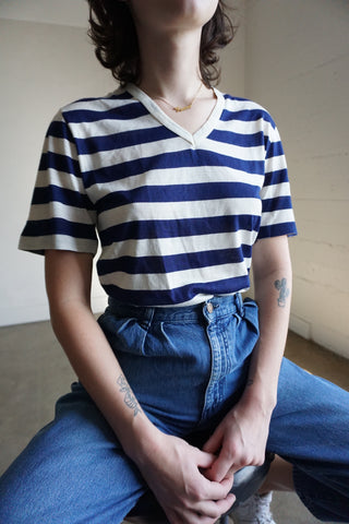 Stripe V Neck Tee, Sz. M
