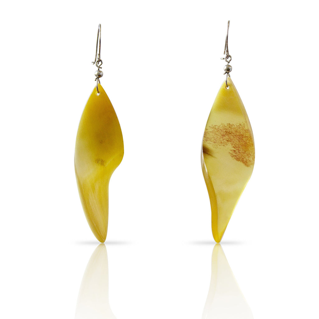 Bull Horn Eco Earrings - Curves