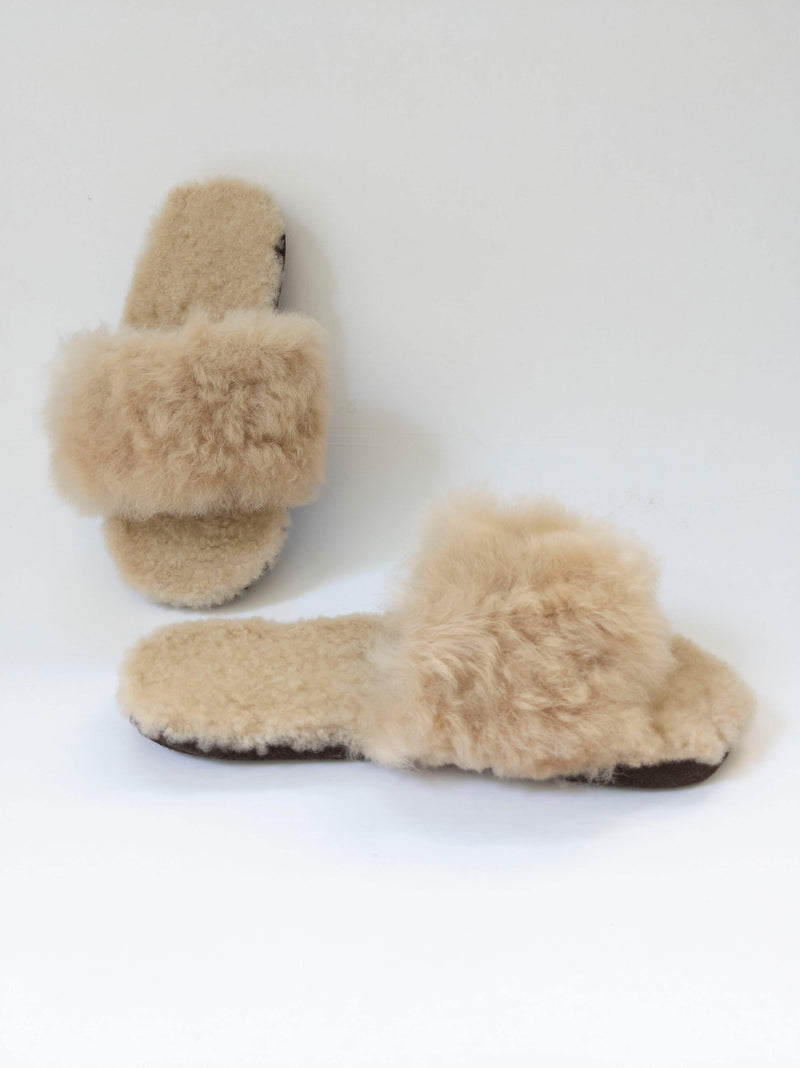 Alpaca Slipper Cross  Beige