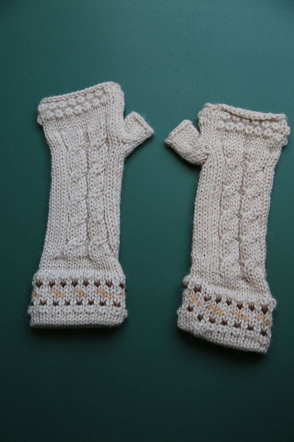 Alpaca Gloves Chain Beige