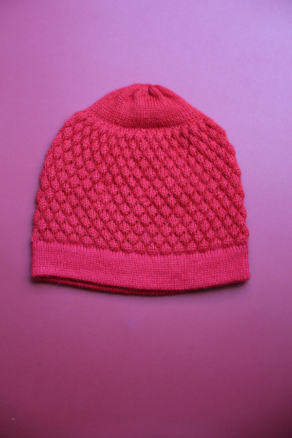 Alpaca Beanie - Honeycomb Red