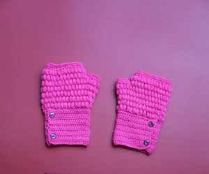 Alpaca Gloves Buttons Fucsia