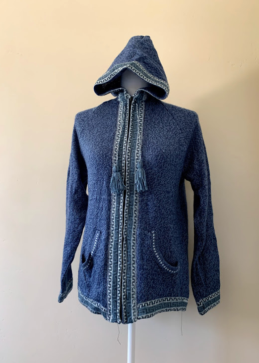 Chincheros Sweater Light Blue and White  w/ Zipper