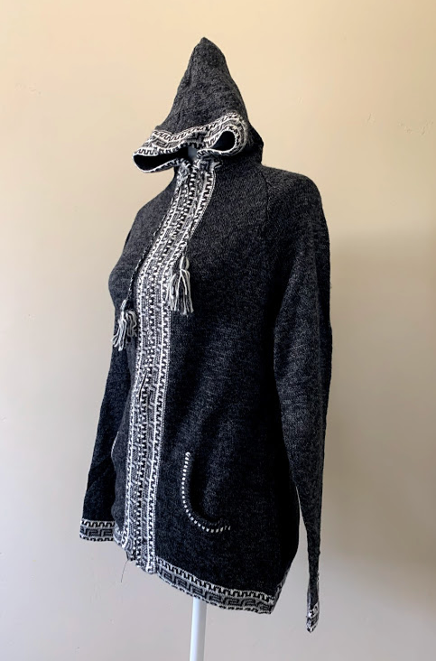 Chincheros Sweater Light Grey and White  w/ Zipper - Medium Size