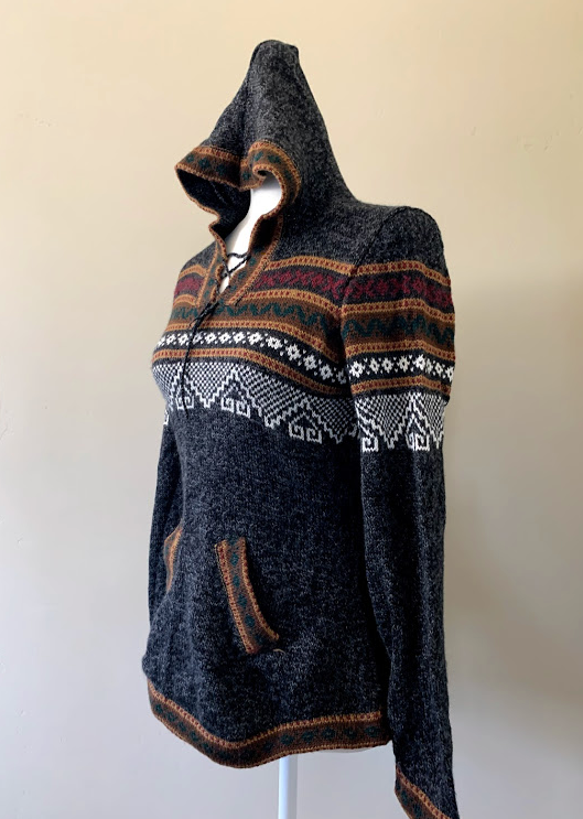 Chincheros Sweater Dark Grey and Brown w/ Hoodie - Medium