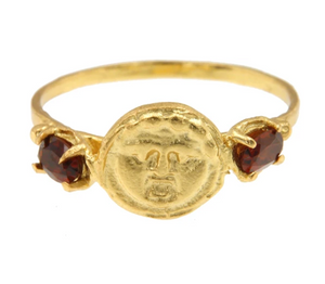 Gorgoneion Ring with Garnet - 18k Gold