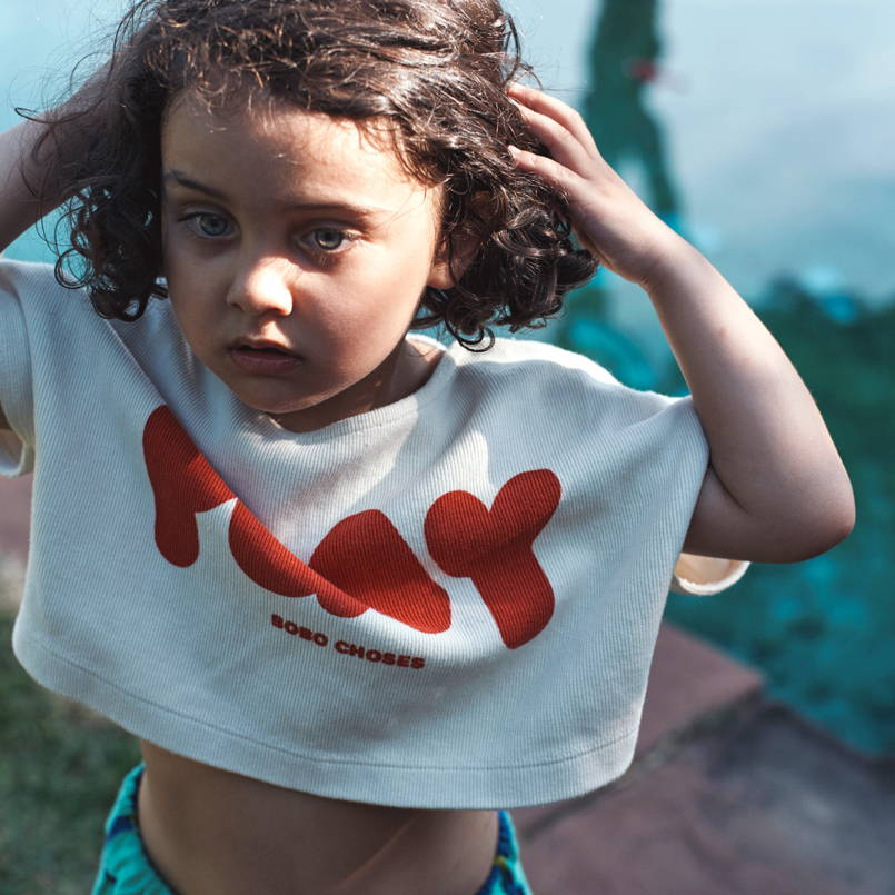 Bobo choses cropped play short sleeve sweatshirt for summer. It is time to play outside. made from organic cotton in Portugal Spain.