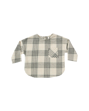 """Boxy fit longsleeve shirt in our super soft flannel with front pocket and button back neck closure.  Color: forest flannel  Care: Machine wash cold. Tumble dry low.  Made of 100% cotton"""