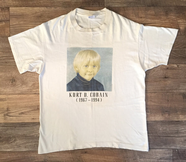 Kurt Cobain 1994 Childhood Portrait Tribute XL *Rare*
