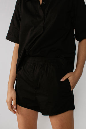 GEORGIA SHORT - BLACK