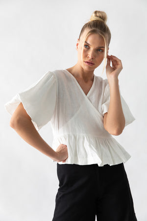 KAYO WRAP TOP - OFF WHITE