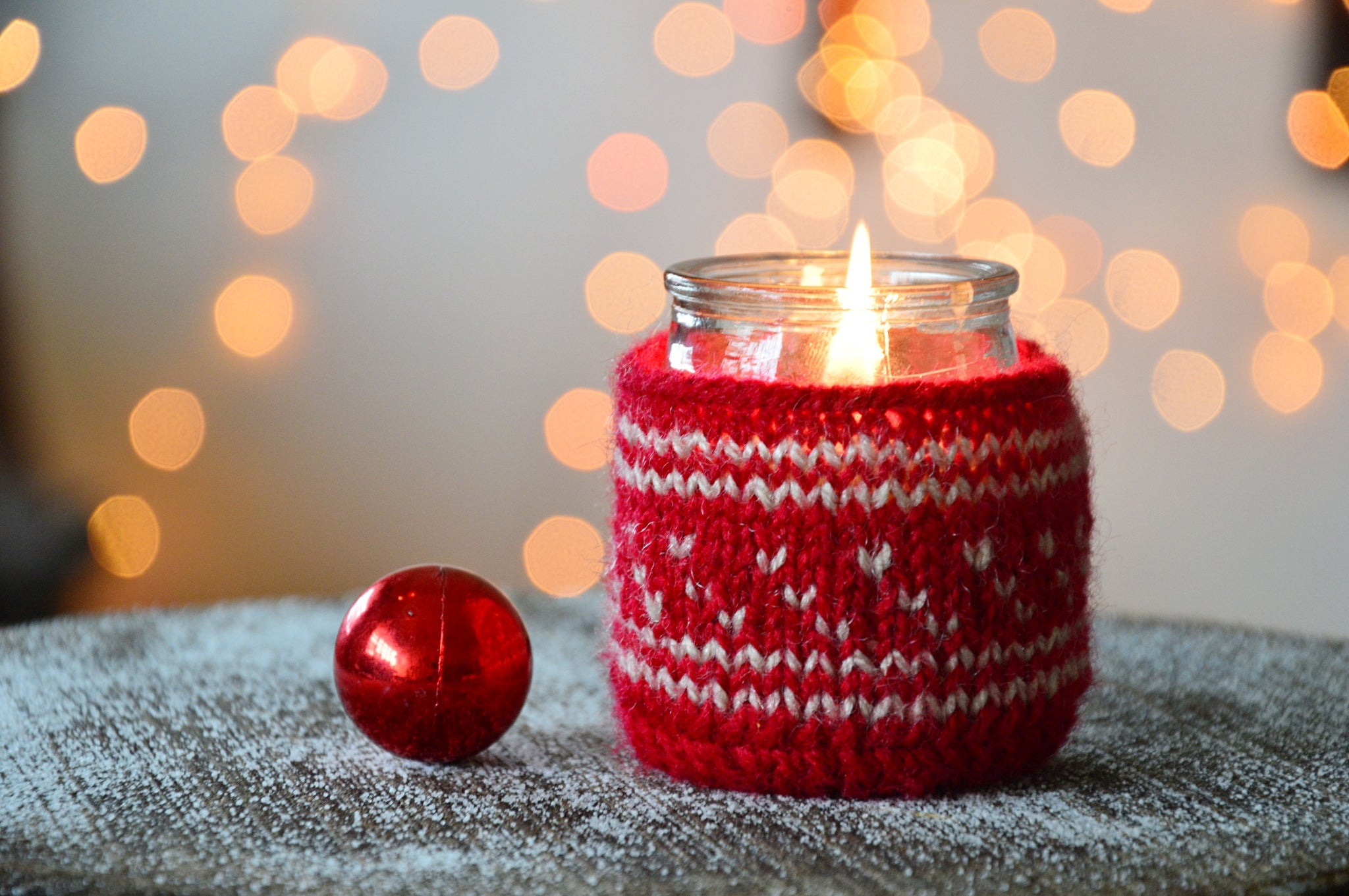 Red Sweater Candle | Cherry Fragrance