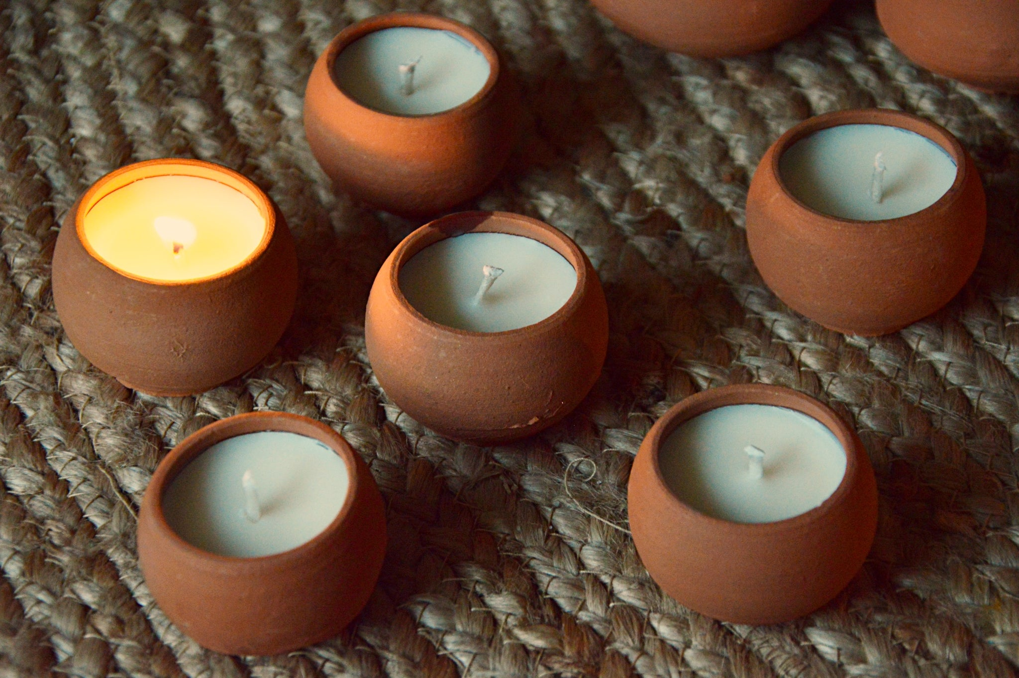 Terracotta Soy Tea Lights | Agarwood