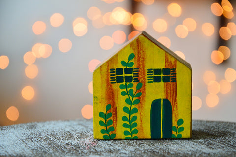 Pine Cottage Paper Weight