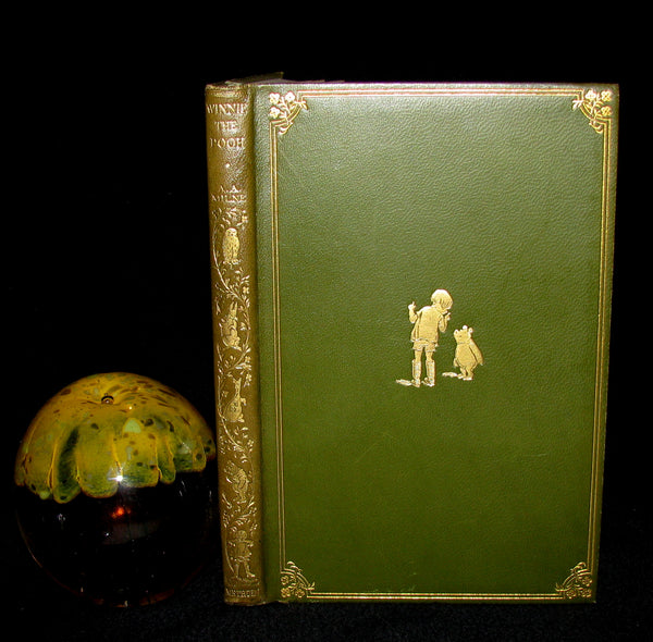 1926 First UK DELUXE Edition - A. A. Milne & Ernest H. Shepard - WINNIE-THE-POOH