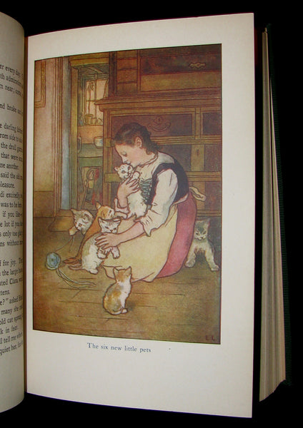 1922 Rare Book -  HEIDI by Johanna Spyri Illustrated