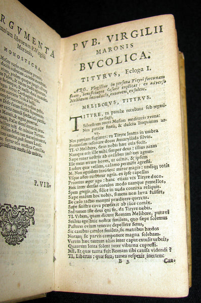 1624 Scarce Latin vellum Book - VIRGIL Works - Pub. Virgilii Maronis Opera (Aeneid, Georgics, etc)