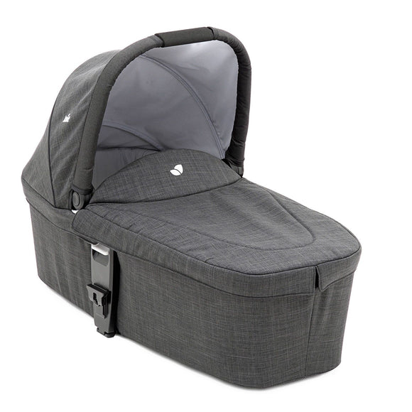 Chrome DLX Carry Cot