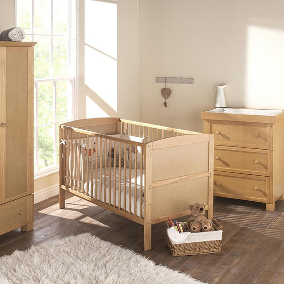 Hudson Convertible Crib/Cot Bed