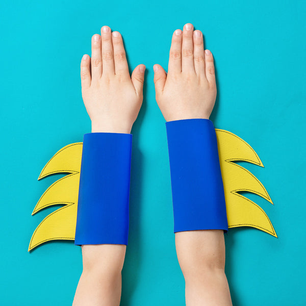 superhero cuffs (yellow/blue)
