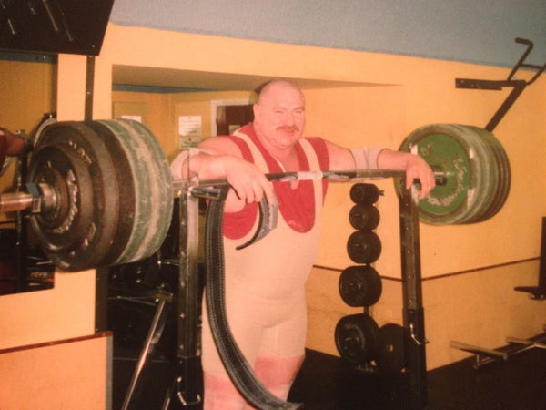 Training with Big Peter Tregloan Fort Regent Jersey 1998 400kg squat