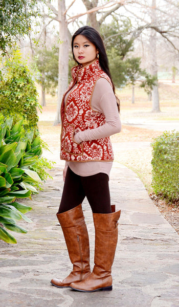 Women's Damask Puffer Vest-Rust Brown/Beige