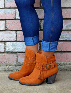 Women's Casual Suede Ankle Boots With Tassel Detail-Chestnut