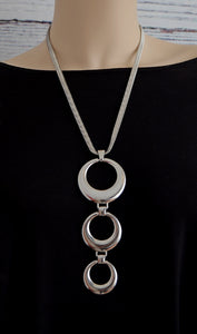 Silver Three-Ring Circle Pendant Drop Fashion Necklace