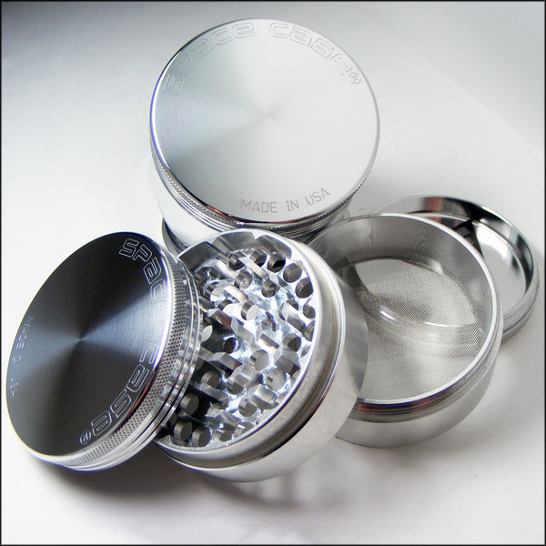 SPACE CASE GRINDER TITANIUM 4 PIECE MAGNETIC SMALL