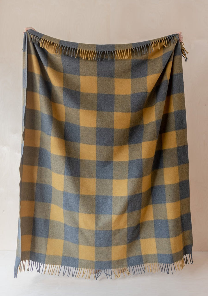 Recycled Wool Waterproof Picnic Blanket: Grey & Mustard Buffalo Check