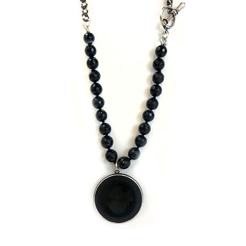 Pendent Necklace With Beads