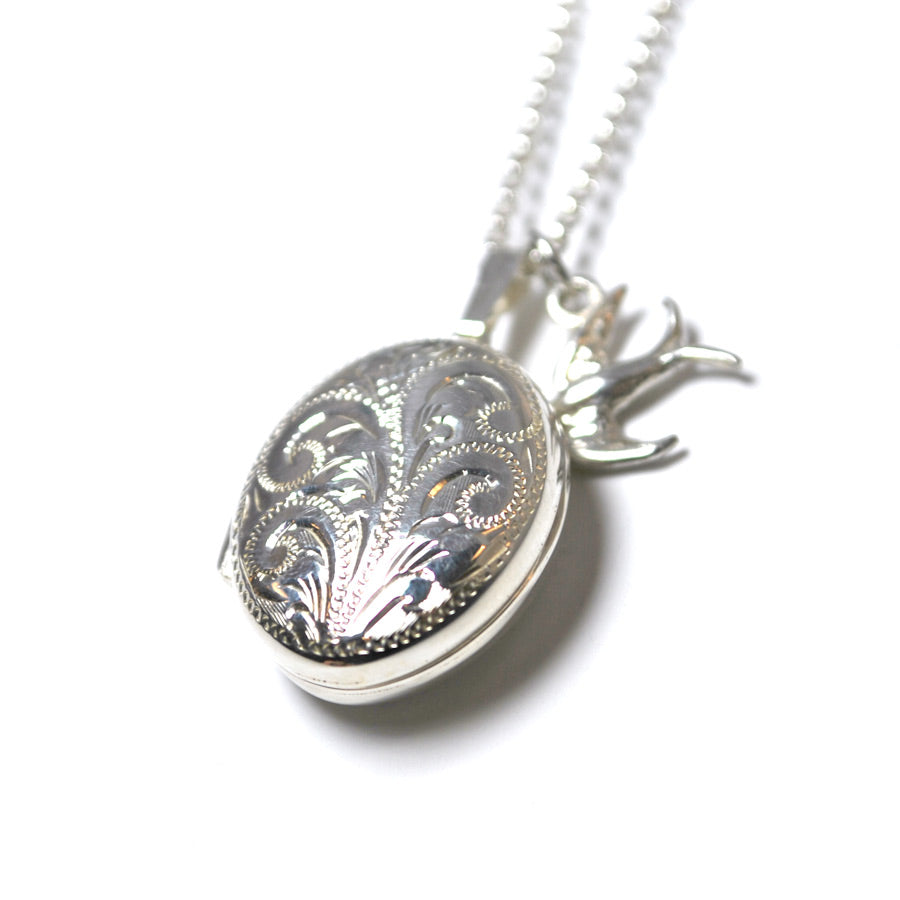 Engraved Locket Necklace - The New York Public Library Shop