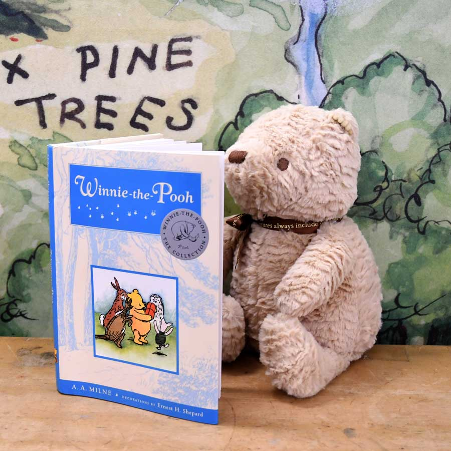 Winnie the Pooh: Deluxe Edition + Plush Set - The New York Public Library Shop