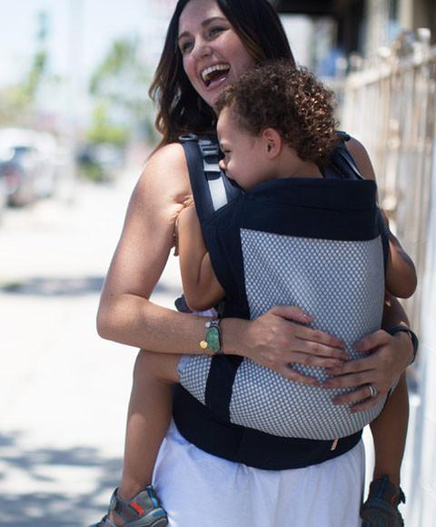 Summer babywearing - some of our tips!