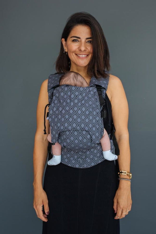 Neko Switch Baby Sized Carrier - Lycia Onyx