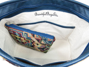 Basic and Practical Handbag interior with companion zipper pouch