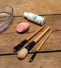 Make up brushed being treated with Liquiproof Eco Cleaner