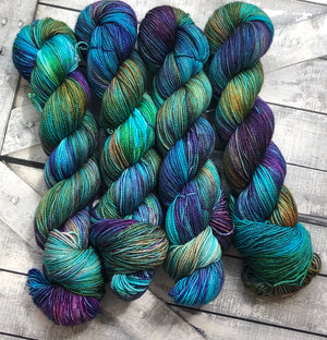 MOONSTONE Hand Dyed Superwash Merino Yarn,Toad Hollow Yarns