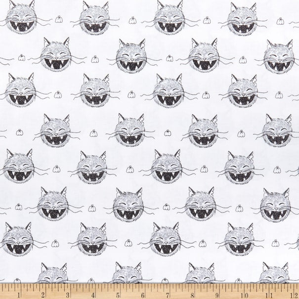 SCAREDY CAT HEADS - WHITE from the Scaredy Cat Fabric Line for Riley Blake Designs, Toad Hollow Fabrics