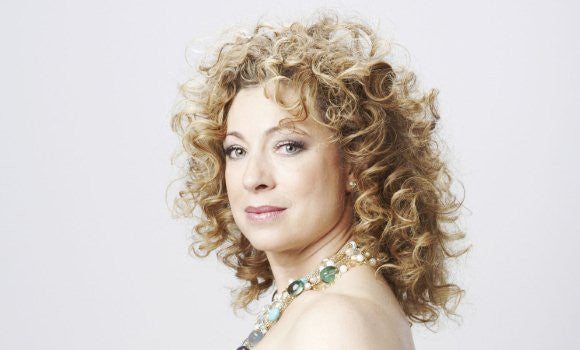 Alex Kingston Feels that the Doctor Should Remain Male