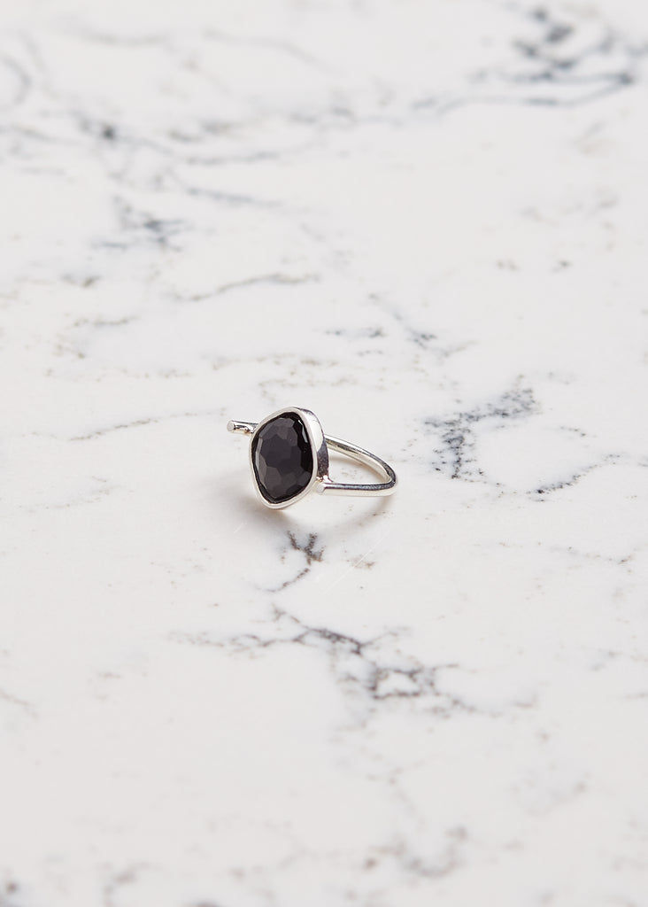 Ring Black Spinel | Bague spinelle noir