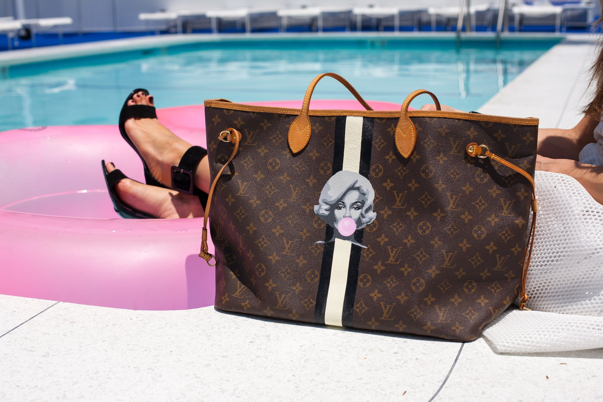 Louis Vuitton Neverfull - Marilyn Monroe Bubblegum