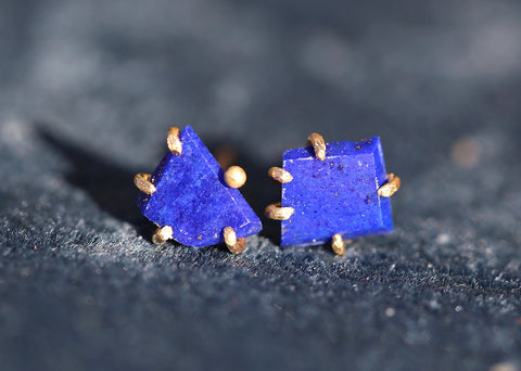 Variance Objects: Lapis Studs