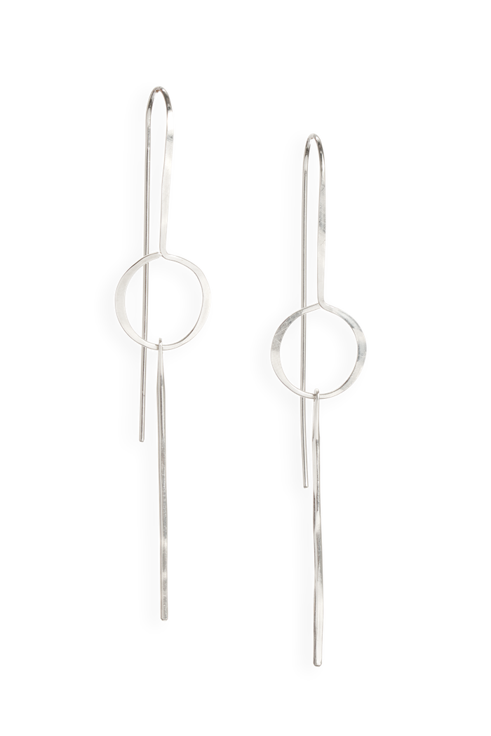 seca earring | striking earring featuring thin hammered wire | available in 14k yellow gold and sterling silver | #failjewelry