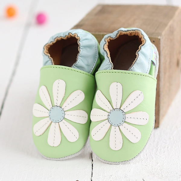 Green Stitched Daisy Soft Leather Baby Shoes | Lifestyle